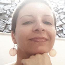 Dr Ana Gretel Echazú Böschemeier