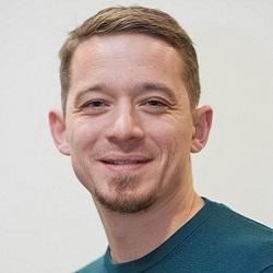 Dr Andreas Schlitzer