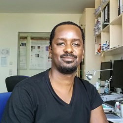 Dr David Mzinza