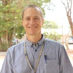Dr Grant Mackenzie