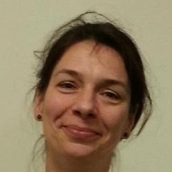 Dr Katja Holscher